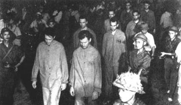 12 апреля 1951 года 100 американских летчиков попали в плен во Вьетнаме