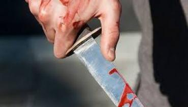 Двоє закарпатців з ножовими пораненнями потрапили в лікарню в Ужгороді