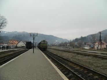 Напередодні в Рахові урочисто зустріли новий залізничний маршрут «Одеса-Рахів»