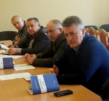 Депутати підняли питання про звільнення директора КП «Будинкоуправління адмінбудівель Закарпатської обласної ради»