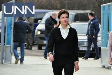 День св. Валентина: Президент наразі в Києві, а перша леді на Закарпатті