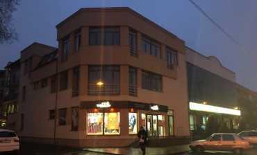 У центрі Ужгорода намагаються відібрати чужу будівлю!