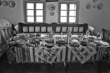 Закарпаття. Зимові свята завжди були насичені найрізноманітнішими автохтонними стравами