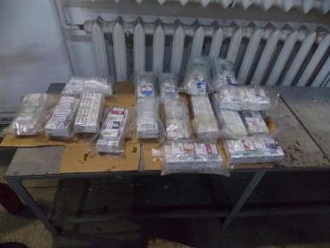Контрабандні цигарки виявили прикордонники на Закарпатті