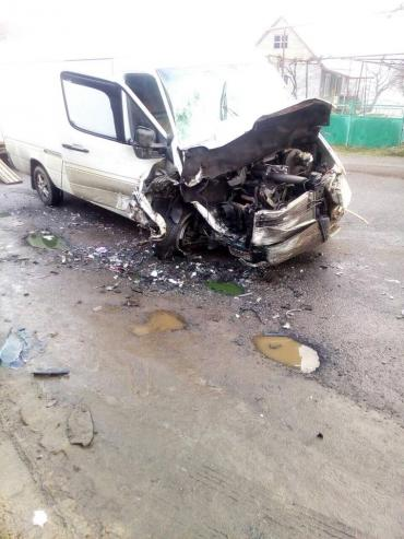 Патрульна поліція Закарпаття повідомляє про ДТП з постраждалими.