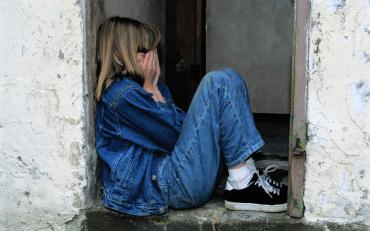 Поліція Закарпаття затримала чоловіка, який підозрюється в зґвалтуванні малолітньої