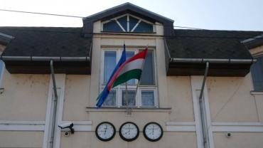 Чому Київ втрачає свої позиції в Закарпатті на користь сусідів-угорців?