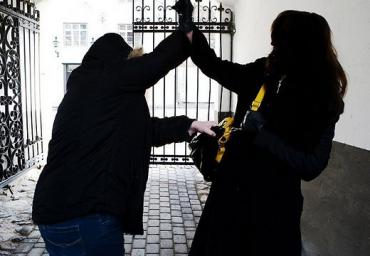 Ужгородська поліція поліції розкрила пограбунок місцевої мешканки