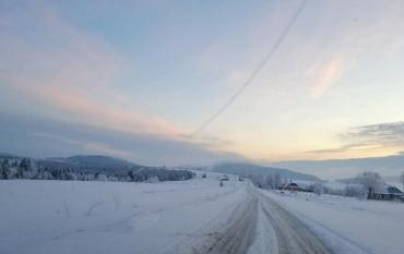 На межі Закарпаття та Львівщини панує справжня зима