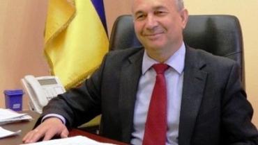Закарпаття. Хустський міський голова Володимир Кащук має зарплату більшу, ніж Петро Порошенко!