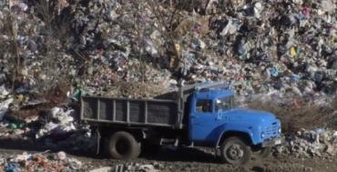 Закарпаття. Річка Тиса з українським сміттям розлютила Угорщину
