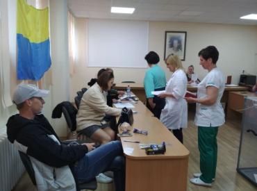 """""""Дивні"""" голосування відбувають у пологовому будинку міста Ужгорода"""