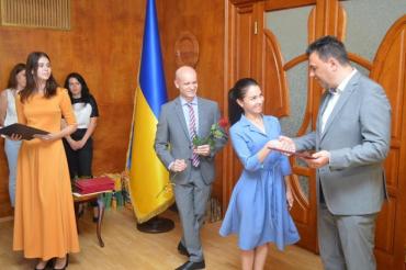 Журналісти Закарпаття отримали грамоти, відзнаки та премії