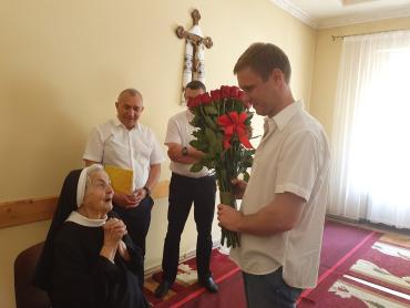 Закарпаття: У Хусті свій 100-річний ювілей відзначила монахиня чину Св. В. Великого сестра Ольга Ладжун