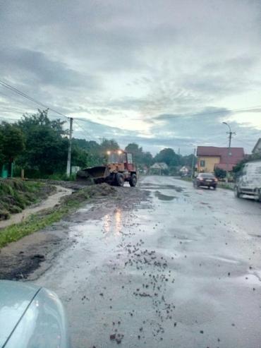 Дорожники Закарпаття через порушення та незаконне будівництво звернулося до керівників 2-х районів області