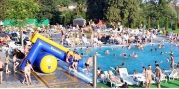 Маленький хлопчик втопився в Ужгороді в аквапарку, власником якого є Сергій Ратушняк