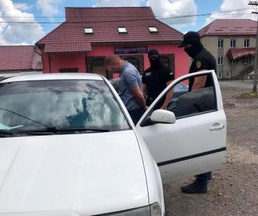 Львівський суд назвав суму грошової застави Затриманому на хабарі чиновнику із Закарпаття
