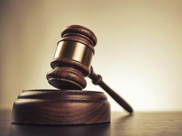 В Ужгороде суд за растрату почти полмиллиона гривен отправил за решетку СИЗО главного коммунальщика города