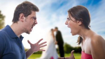 Жителі Закарпаття більше не хочуть створювати сім'ї та розлучаються більше, ніж одружуються