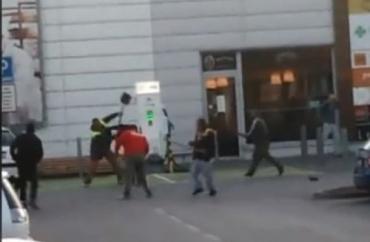 Масова бійка поміж місцевими ромами та заробітчанами з України відбулася в сусідів-словаків