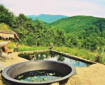 Насолоджуючись прекрасними краєвидами і природою, гості Закарпаття вимагають якісних послуг, чистоти і смачної кухні