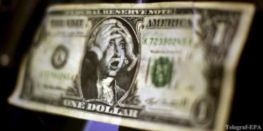 Курси валют: долар подешевшав на 8 копійок, євро — на 10-ть!