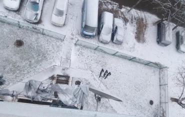 В українських сусідів Закарпаття сніг уже зафарбував землю й автівки у білий колір