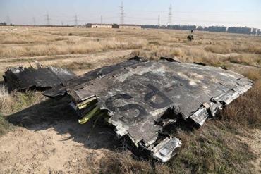 """Падіння українського літака — Іран визнав """"випадкове"""" попадання своєї ракети"""