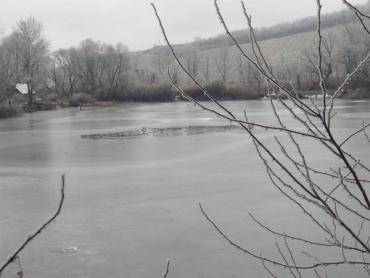 """Зимова рибалка """"збирає"""" жертви на водоймах Закарпаття"""