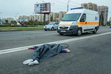 По той бік Карпат іномарка з жінкою за кермом насмерть збила чоловіка на велосипеді