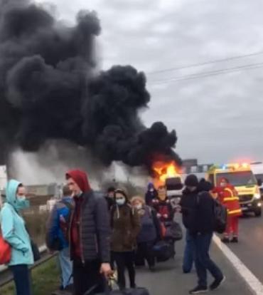 У палаючому автобусі перебували півсотні заробітчан із Закарпаття