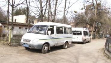 У квартирі в столиці Закарпаття знайшли два трупи