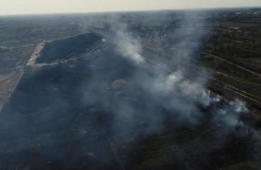 У Мукачеві вили сирени — через гігантську пожежу на залізниці