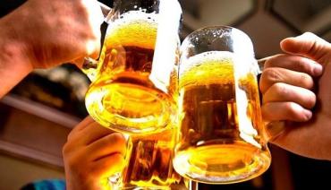 """Коронавірус хай спочиває! Українці бажають """"гуляти"""" з пивом та кавою на свіжому повітрі!"""