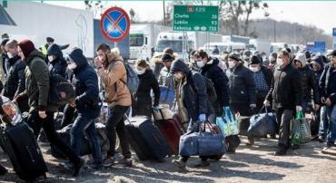 Заробітки за кордоном — не під забороною! Бажаючі відправитися туди можуть зробити це навіть сьогодні