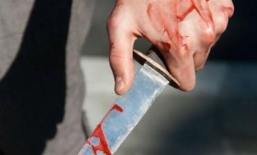На Закарпатті підліток взяв ніж і вдарим ним свого знайомого в живіт