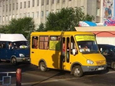 В Ужгороде проезд на маршрутках хотят сделать 9 гривен