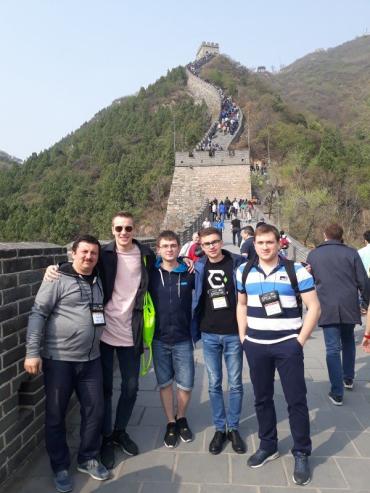 Команда програмістів із Ужгородського університету UzhNU_push-force