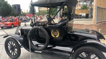 В Закарпатье из Словакии приедут 100 старинных автомобилей