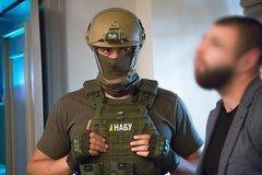 НАБУ проводит обыски в офисах Порошенко и Свинарчука