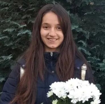 На Закарпатті зникла дівчина-підліток: її оголосили в розшук