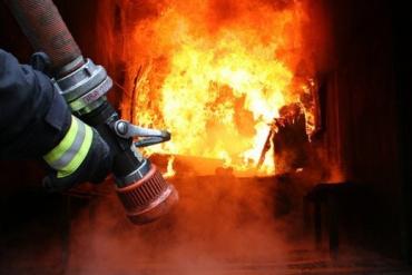 На Закарпатье возник пожар в частном жилом доме: есть погибший