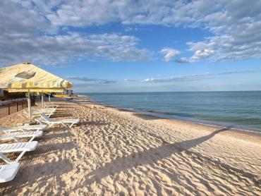 Отдых на любой вкус Одним из лучших вариантов считаетсяАзовское море