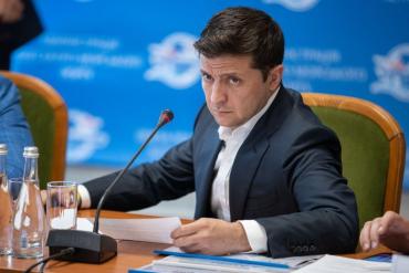 Президент Украины Владимир Зеленский в четверг проведет пресс-марафон
