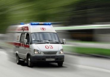 Хотела отрезать сала: В Закарпатье при странных обстоятельствах умерла женщина - СМИ