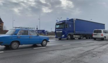 Акция по всей Украине: Больше 30 фур колонной отправились с Мукачево до Чопа