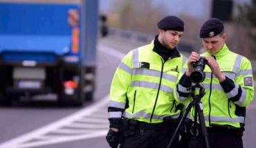Внимание : 27 и 28 июня полиция Чехии проведет массовые проверки автотранспорта