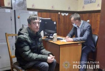 Зверское ограбление в Закарпатье: Из жертвы буквально выбивали деньги