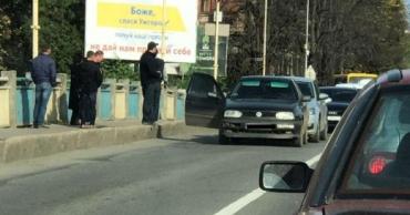 В Ужгороде прямо на мосту ДТП