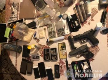 В Закарпатье ликвидировали масштабную нарколабаторию с товаром на пол миллиона: У дела уже есть прогресс